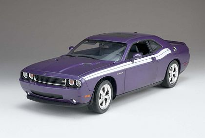 2010 Challenger R/T • Plum Crazy Purple with White side stripes • #50859 HW61