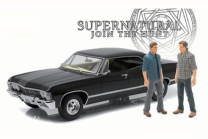 SUPERNATURAL 1967 Chevrolet Impala Sport Sedan • Sam & Dean figurines • #GL19021