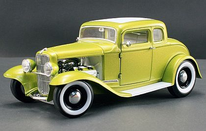 Ford 5-Window Coupe • Lemon Cosmic Dust • Grand National Duece Series • #A1805006