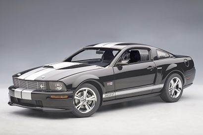 2007 Shelby Mustang GT • Black with silver stripes • #AA73118