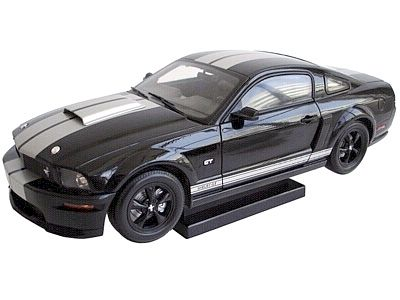 2007 Shelby GT in Black with Silver stripes, Item #DC07GT02