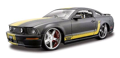 Mustang GT - Black with Yellow stripes - Item #MAI31324BK