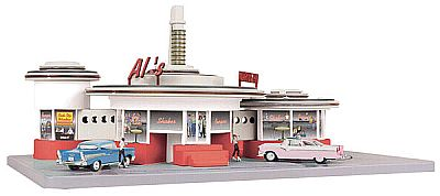 Item #MTH-9148 operating AL's drive-in Diner