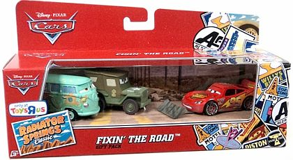CARS • FIXIN' THE ROAD • 3-Car Gift Pack • #Y5111