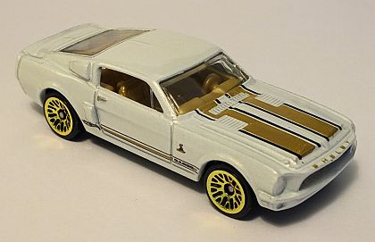 Shelby Mustang G.T.500 • Hot Wheels SHOWROOM • #HW-X1625
